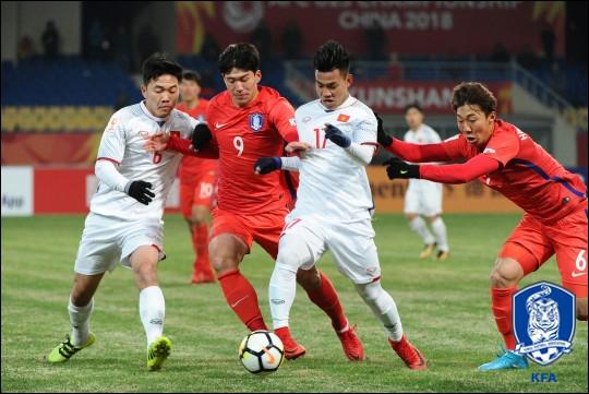 답답한 공격력으로 우려를 자아낸 김봉길호. ⓒ 대한축구협회