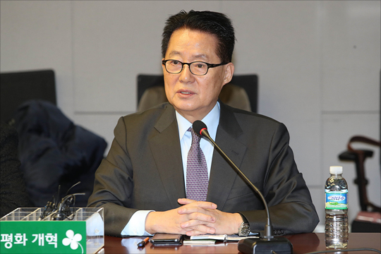 박지원 국민의당 의원이 12일 오전 국회 의원회관에서 열린 국민의당지키기운동본부 전체회의에서 발언을 하고 있다. ⓒ데일리안 홍금표 기자