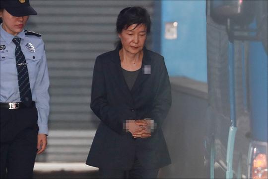 국가정보원의 특수활동비(특활비) 청와대 상납 의혹을 받는 박근혜 전 대통령에 대한 재산동결 조치가 내려졌다.(자료사진) ⓒ데일리안 홍금표 기자