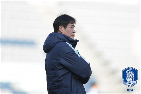 말레이시아와 U-23 챔피언십 8강전을 앞두고 있는 김봉길 감독. ⓒ 대한축구협회