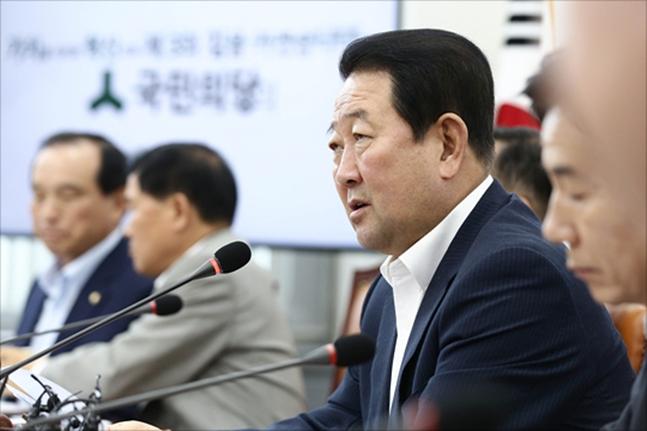 박주선 국민의당 비대위원장이지난해 8월7일 오전 국회에서 열린 국민의당 비상대책위원회의에서 모두발언을 하고 있다.(자료사진)ⓒ데일리안 홍금표 기자