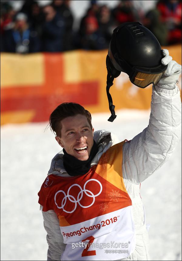 숀 화이트가 2018 평창동계올림픽 남자 하프파이프 정상에 올랐다. ⓒ 게티이미지
