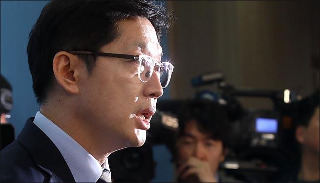 19일 김경수 더불어민주당 의원의 경남도지사 출마선언은