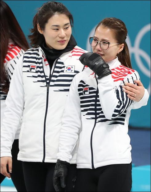 김민정(왼쪽) 컬링감독 징계 회부. ⓒ 연합뉴스