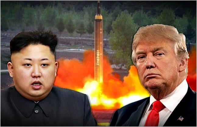 도널드 트럼프 미국 대통령(오른쪽)과 김정은 북한 국무위원장(자료사진) ⓒ데일리안