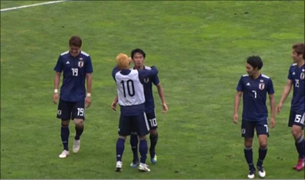 파라과이전 승리로 이끈 일본 축구대표팀. ⓒJFA