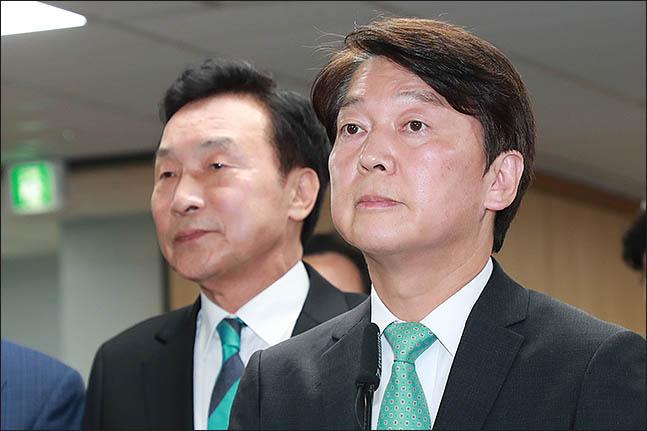 안철수 바른미래당 서울시장 후보가 13일 오후 서울 여의도 당사에서 6·13 지방선거 방송사 출구조사 결과에 대한 입장을 발표하고 있다. ⓒ데일리안 류영주 기자