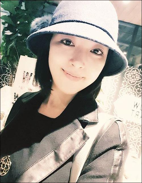 베이비복스 출신 배우 심은진이 허위사실을 유포하고 인신공격을 한 악플러에 대해 법적 대응을 예고했다.심은진 SNS 캡처