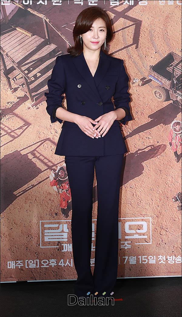 배우 하지원이 tvN 새 예능 프로그램