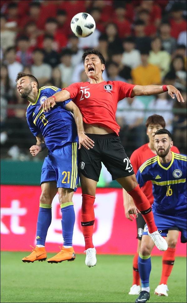 축구대표팀 미드필더 정우영(알사드) 부상으로 11월 A매치 소집명단서 제외된다. ⓒ 데일리안 박항구 기자