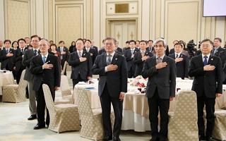 '개헌안 21일 발의' 속도내는 청와대, 왜?