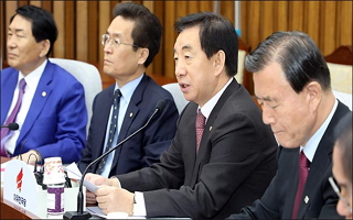 정국 주도권 놓친 野 '문재인표 추경' 일제히 비난