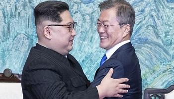 文대통령 '핫라인'으로 김정은에 전할 메시지는?