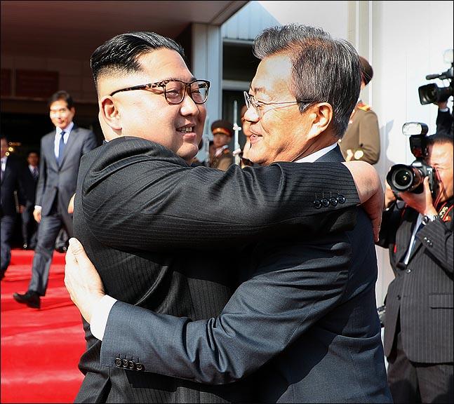 북미회담 꼬이자, 남북정상 극비리 2차 회담