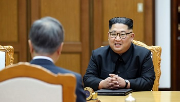 지지율 하락에 보름째 '북한' 언급 안한 文대통령