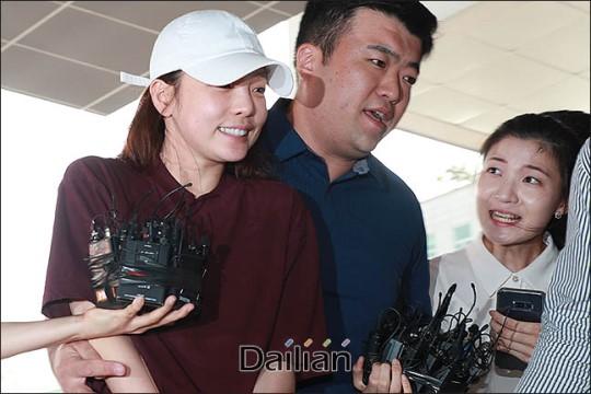 [3차 남북정상회담] '구하라 카톡''대전 퓨마'에 눌린 회담