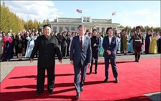 대한민국 대통령이 북한 독재자의 말 심부름을 하다니