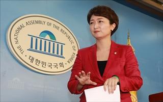 이언주, 부산영도 출마설…손 안대고 홍보 효과 '톡톡'